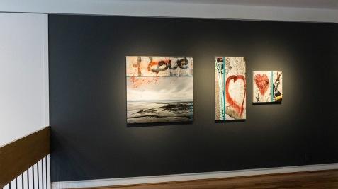 Vue de l'exposition Passages, Centre culturel Yvonne L. Bombardier, 22 janvier au 23 avril 2017.